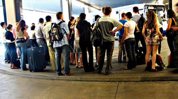 Fim de ano exige mais cuidados ao contratar ônibus para viagens