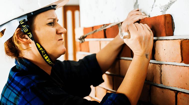 Mais mulheres atuam na Construção Civil