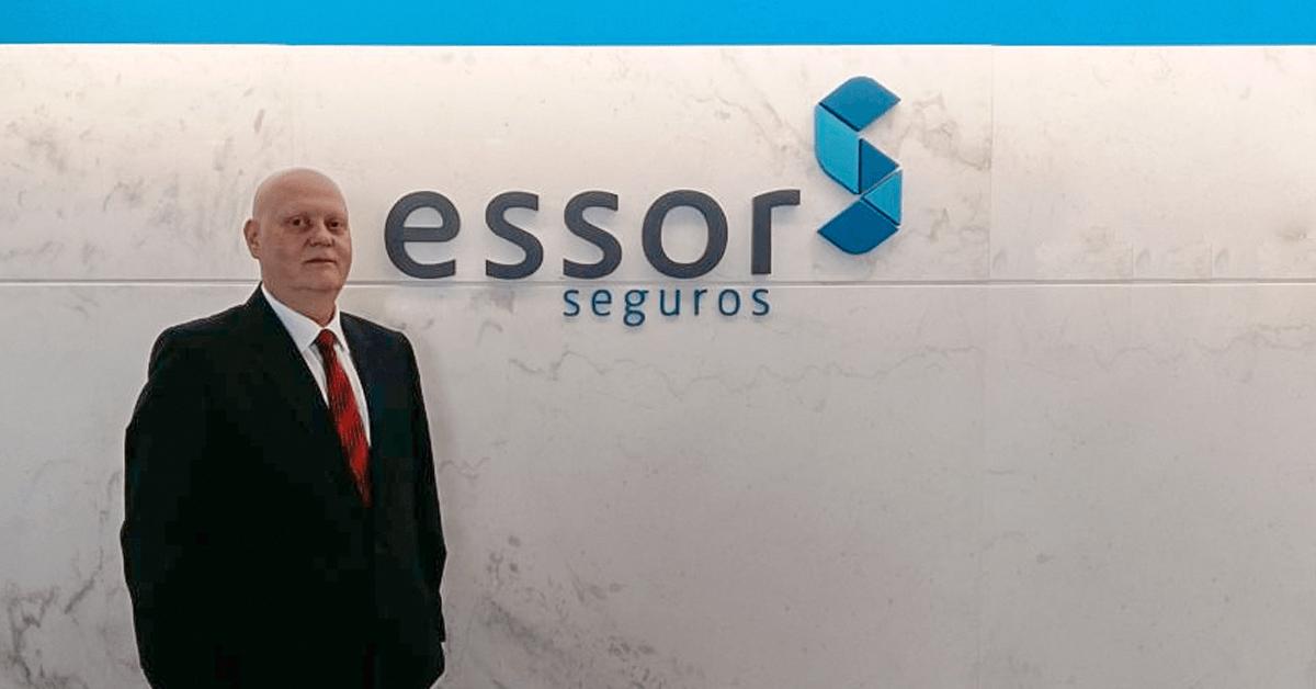 Diretor destaca Seguros diferenciados da ESSOR em entrevista